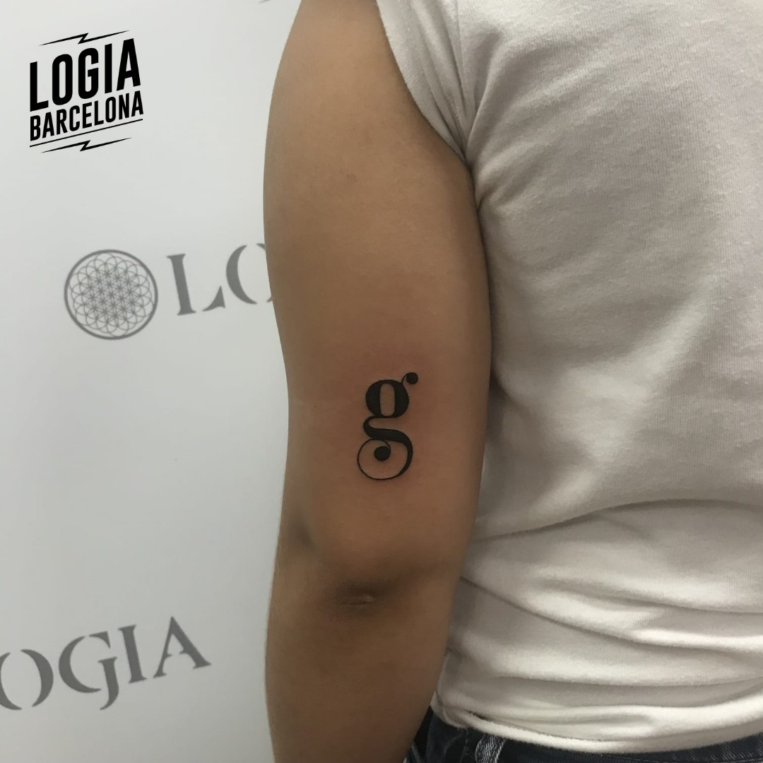 Tatuajes con iniciales