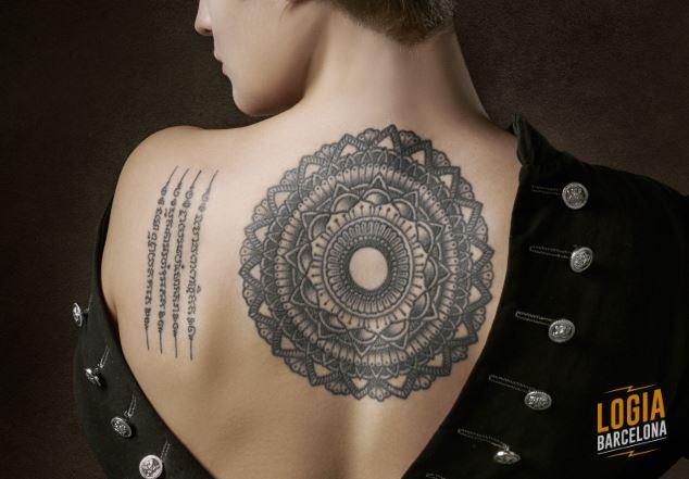 Tatuaje tailandes Sak Yant Logia Barcelona
