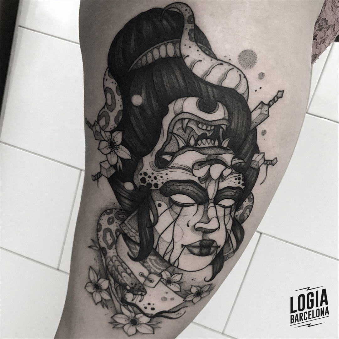 Tatuajes de Geishas Demonio Japones Blackwork Pepo Errando Logia Barcelona