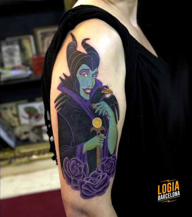 Tatuaje Disney Malefica Cartoon brazo Logia Barcelona