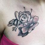 Tatuaje de la Abeja Maya