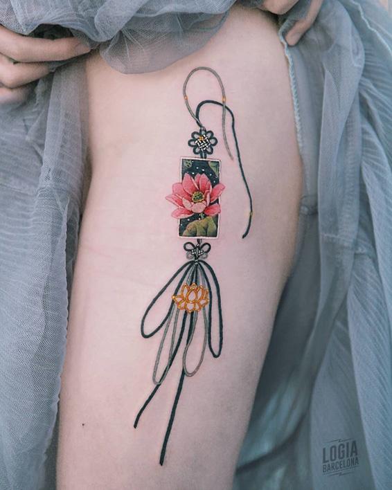 tatuaje delicado para mujer Sion Logia Barcelona