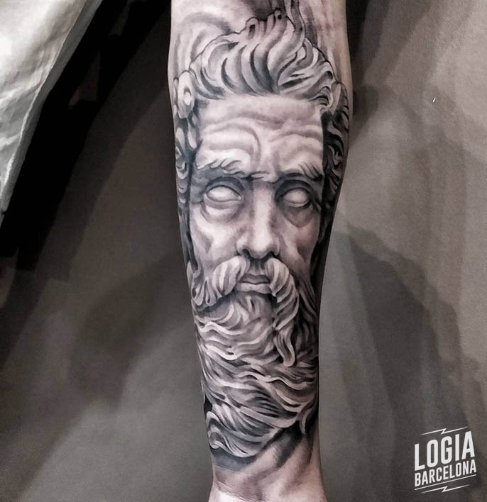 tatuaje Zeus Logia Barcelona