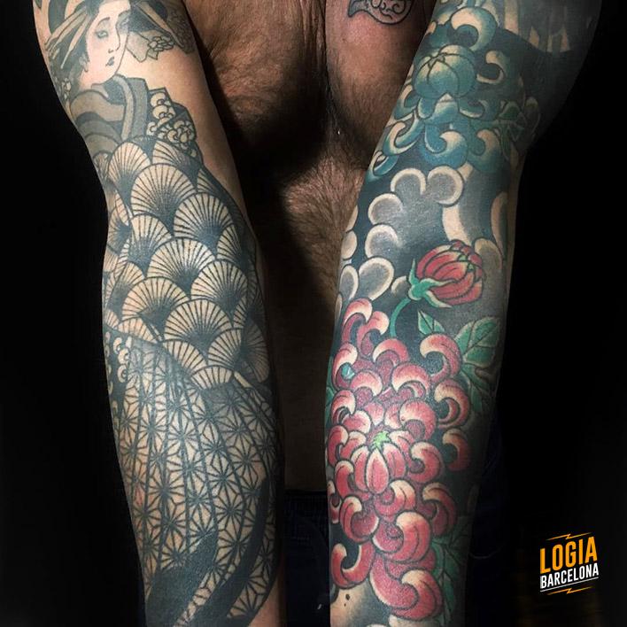 Tatuaje japonés crisantemo