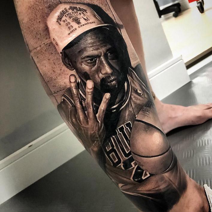 tatuaje de michael jordan - piel negra - Logia Barcelona