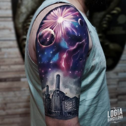Tatuaje rayo paisaje fabrica - Logia Barcelona Vinni Mattos