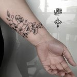 Tatuaje jazmín