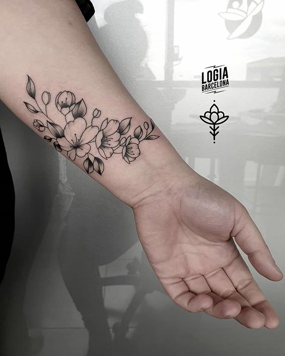 tatuajes de flores libertad