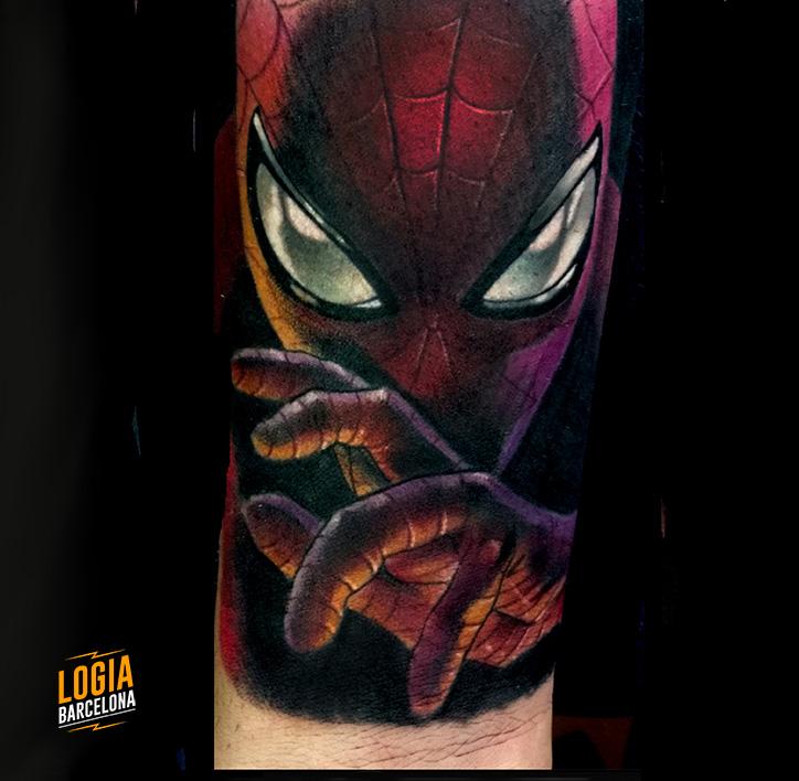 tatuajes rojos spiderman