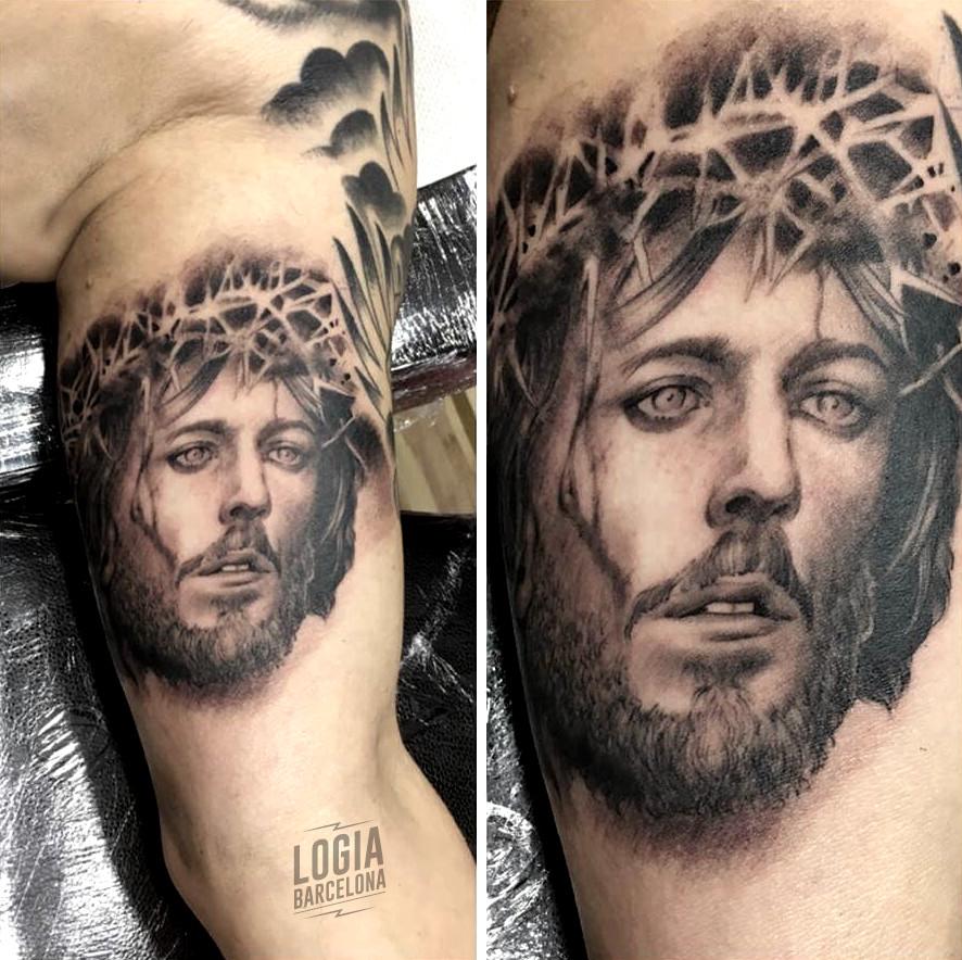 tatuaje jesucristo alambre espino - Logia Barcelona