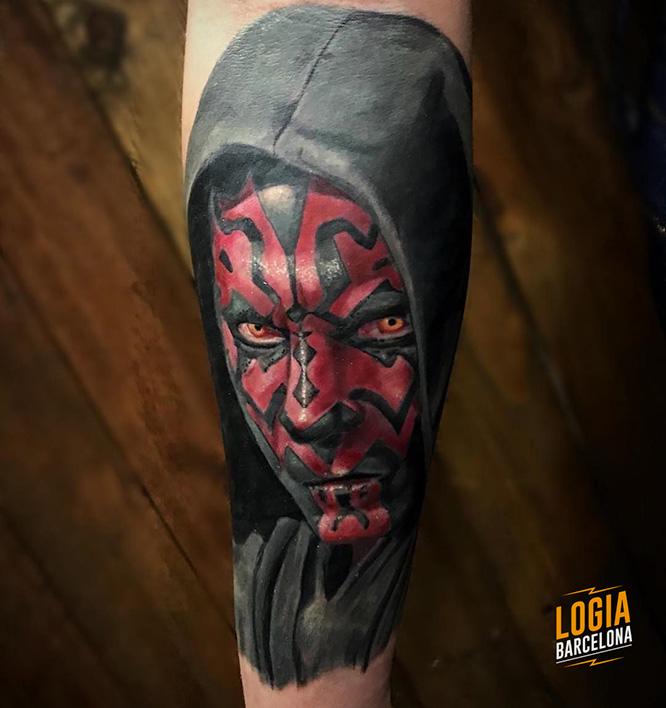 tatuajes rojos darth maul