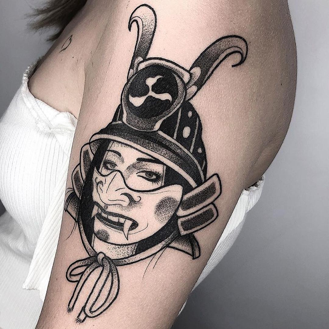 TERRY - tatuador en Logia Barcelona