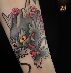 Tatuaje japones cabeza de dragon Logia Barcelona