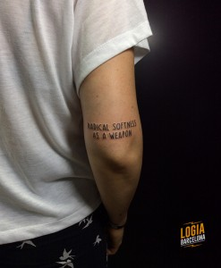 Walk In tattoo letras - Logia Barcelona