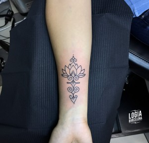 Walk In tattoo mandala - Logia Barcelona
