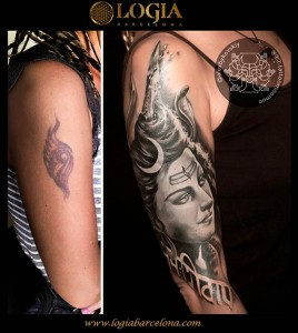 Tatuajes-brazo-mujer-logia-barcelona-Alex