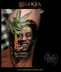 tatuaje-muslo-bobmarley-logiabarcelona-alexei-w