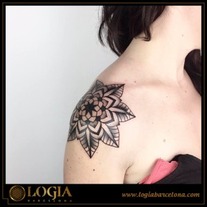 Ana Godoy tattoo 33