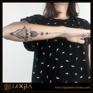 Ana Godoy tattoo 40
