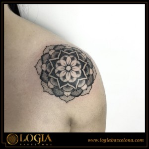 Ana Godoy tattoo 19