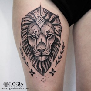 tatuaje-pierna-leon-logiabarcelona-beve