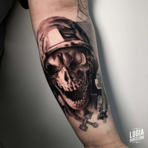 tatuaje_brazo_calvera_militar_logiabarcelona_davids