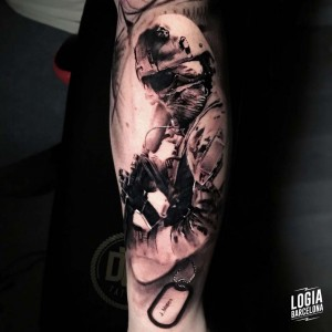 tatuaje_brazo_militar_logiabarcelona_davids