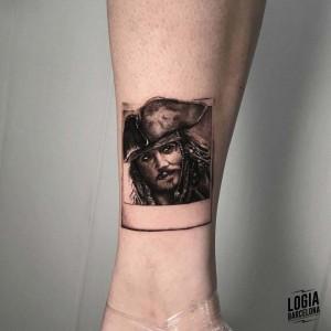 tatuaje_pierna_jack_sparrow_logiabarcelona_davids