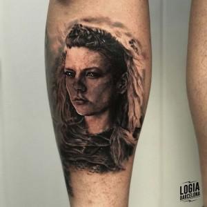 tatuaje_pierna_lagertha_logiabarcelona_davids