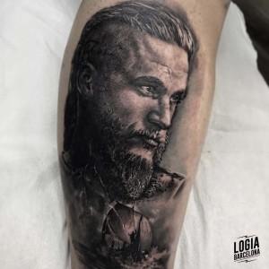 tatuaje_pierna_ragnar_lodbrok_logiabarcelona_davids
