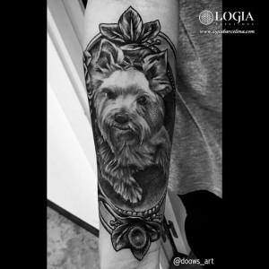 tatuaje-perrito-brazo-logia-barcelona-andilla