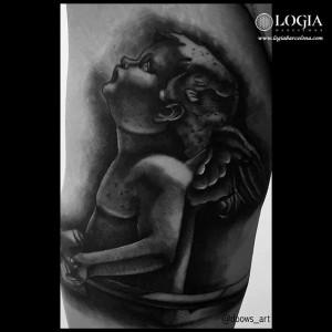 tatuaje-querubin-pierna-logia-barcelona-andilla