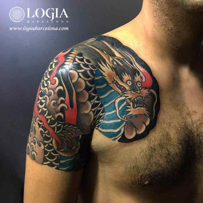 tatuaje japones media manga pecho logia barcelona
