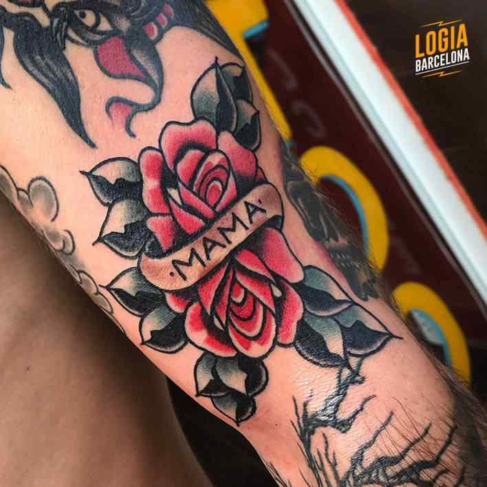 tatuaje old school rosa madre fran ruina logia barcelona
