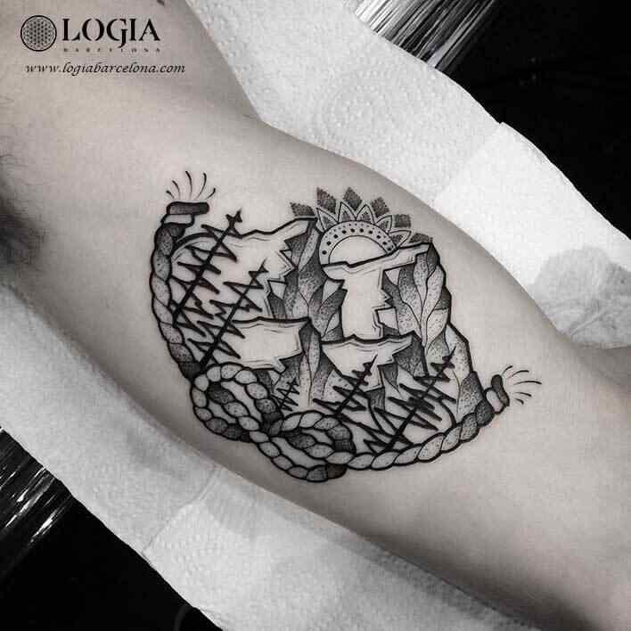 tatuaje-brazo-amanecer-logiabarcelona-franki-1