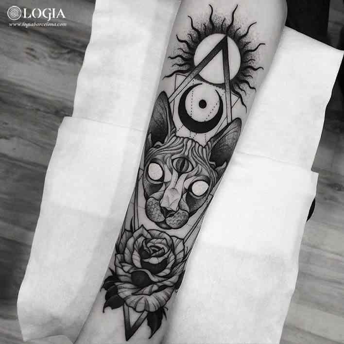 tatuaje-brazo-gato-zombie-logiabarcelona-franki