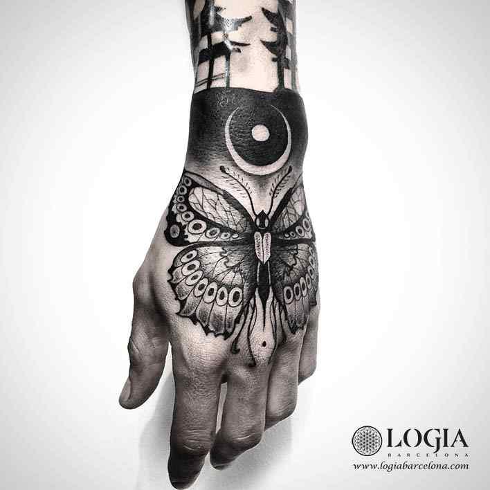 tatuaje-mano-mariposa-logiabarcelona-franki