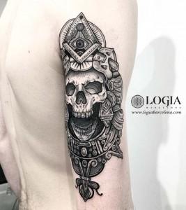 tatuaje-brazo-cover-calavera2-logiabarcelona-franki