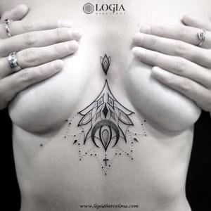 tatuaje-esternon-mandala-logia-barcelona-franki