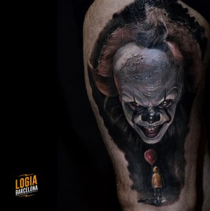 tatuaje_it_clown_realismo_hombro_logia_barcelona_angelo