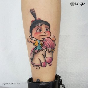 tatuaje-color-pierna-india-logia-barcelona-gianluca-modesti
