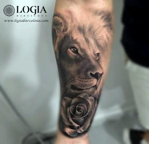 tatuaje-pierna-espartano-leon-Barcelona-Grego