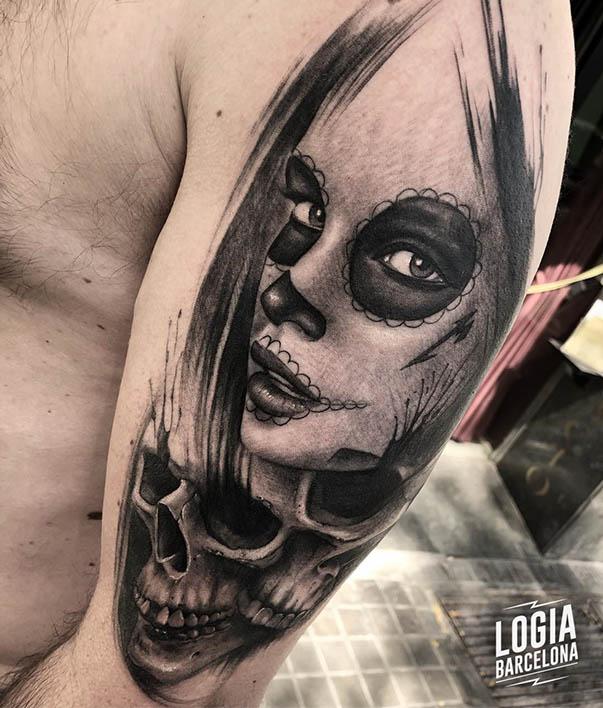 Realismo tatuaje catrina Brazo Logia Barcelona