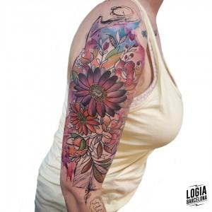 tatuaje_flores_brazo_logiabarcelona_kathycaboom