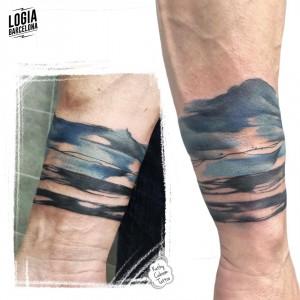 tatuaje_olas_mar_muñeca_logiabarcelona_kathycaboom