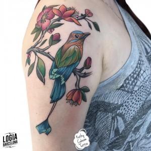tatuaje_pajaro_brazo_logiabarcelona_kathycaboom