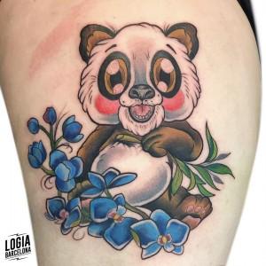 tatuaje_panda_pierna_logiabarcelona_kathycaboom