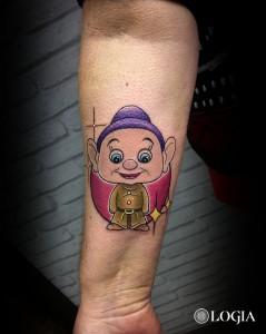 tattoo-brazo-mudito-logiabarcelona-lauristica