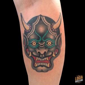 tatuaje_japones_oni_biceps_lelectric_Logia_Barcelona