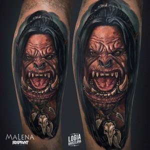 tatuaje_hombro_warcraft_orco_quinn_malena_logia_barcelona